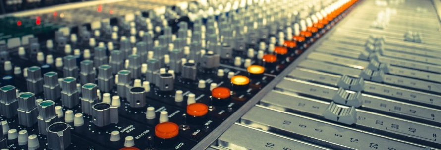 mixing_console2